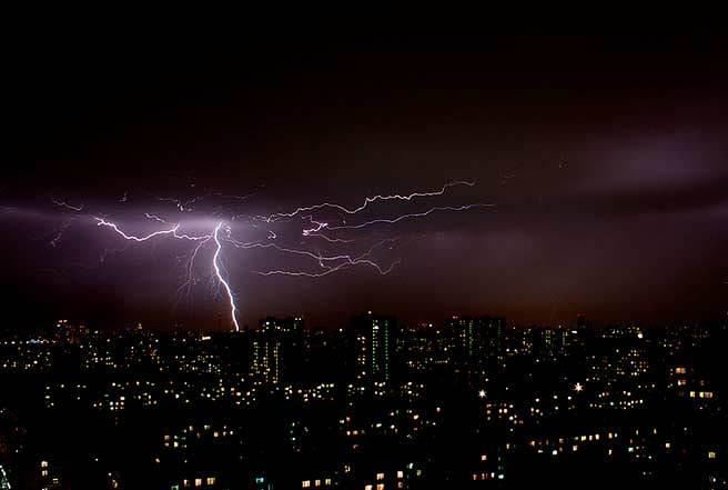 fotos de rayos de tormenta