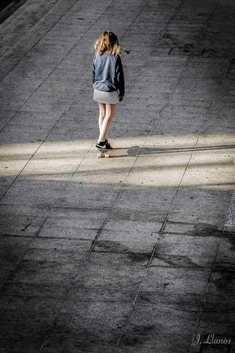 Ejemplo de fotografía callejera anticipándome a la escena.