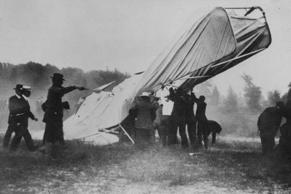 primer accidente de avión fotografiado