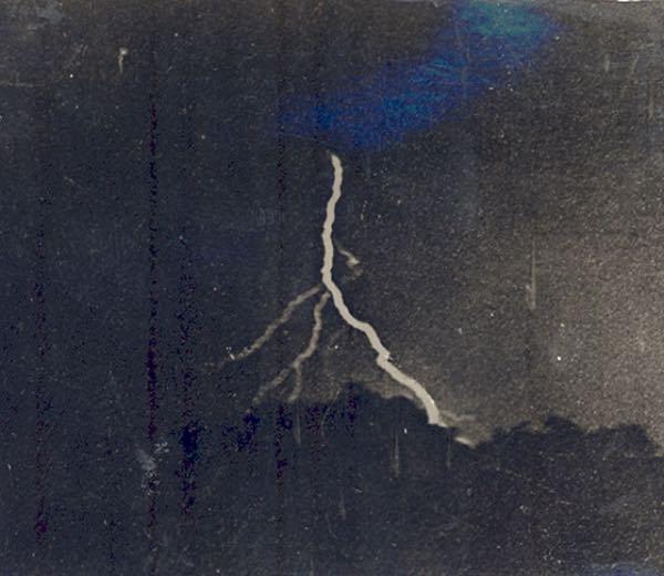 un rayo fotografiado por primera vez