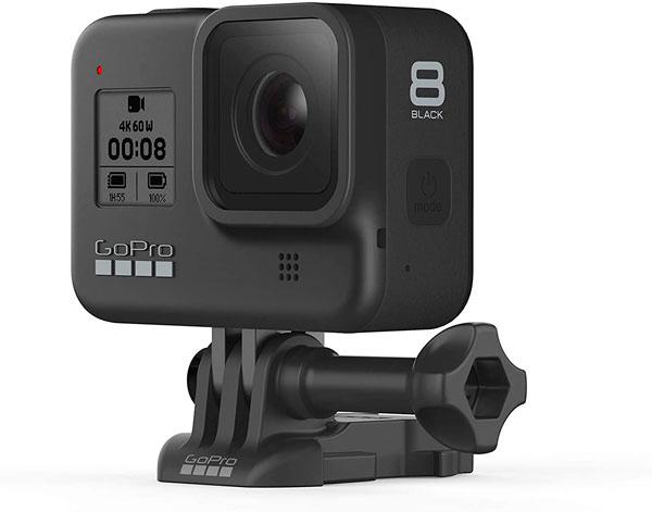 cámara deportiva GoPro Hero 8 con anclaje